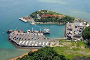 Trois conteneurs du port de Longoni fouillés