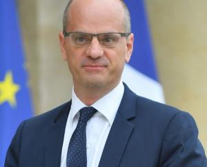 Le ministre de l'éducation nationale s'exprime suite au départ de Stephan Martens