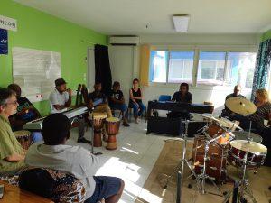 Culture : adapter les potentialités d'emploi à Mayotte en lien avec les musiciens intervenants mahorais pouvant être formés à Poitiers