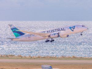 Le Boeing 787-8 d'Air Austral de nouveau immobilisé pour une maintenance