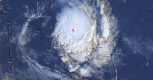 Cyclone Belna : passage en alerte rouge