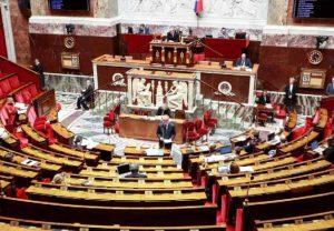 L'Assemblée Nationale vote l'état d'urgence sanitaire