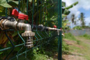 La colère gronde face aux coupures d'eau annoncées par le préfet