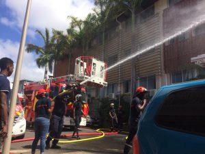 Grève des pompiers : ca dégénère devant le Conseil Départemental (vidéo)