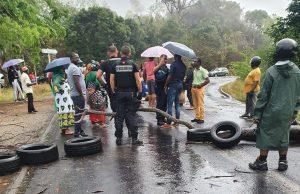 Le carrefour N'Guézi bloqué