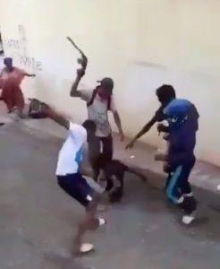 De très violents heurts dans les rues de Cavani