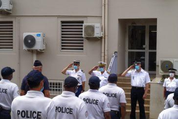 Hommage à la policière tuée en métropole au commissariat de Mamoudzou (vidéo)