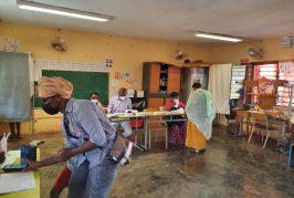Ca vote doucement à Mayotte aujourd'hui (video)