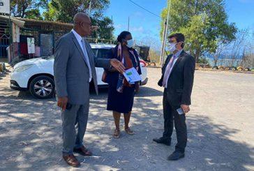 Le Recteur en visite à Pamandzi pour un bilan des équipements sportifs et des efforts à mener